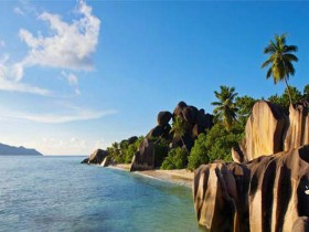 best-beaches-in-the-world-anse-source-dargent-la-digue-island-seychelles2